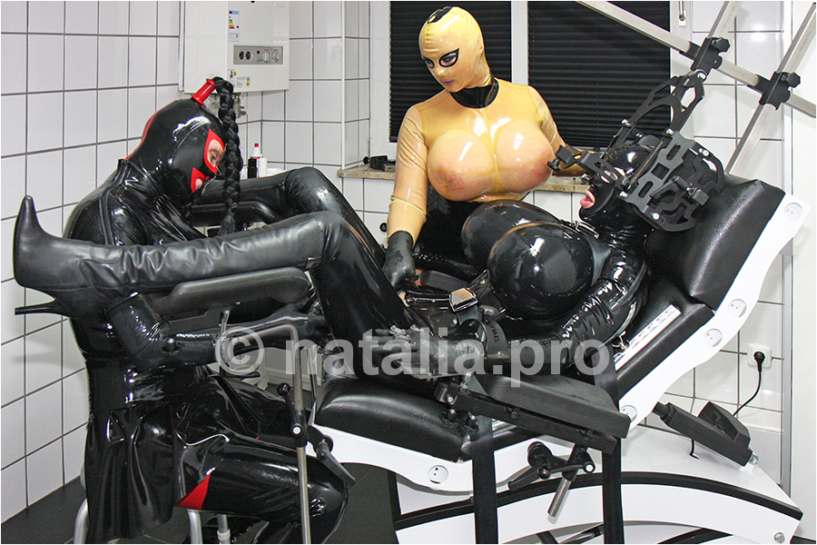 rubber-latex-doctor-doctress-nurse-matron-rubbernurse-headnurse-urologist-clinic-rubberclinic-asylum-hospital-huge-silicone-tits-gyno-chair