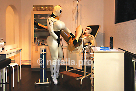 rubber-latex-doctor-doctress-nurse-matron-rubbernurse-headnurse-urologist-patient-clinic-rubberclinic-asylum-hospital-huge-silicone-fake-tits-gyno-chair-breath-control
